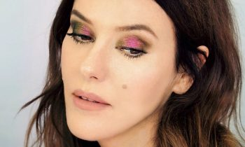 Chameleon Eye Make-up Look Using Just One Pigment